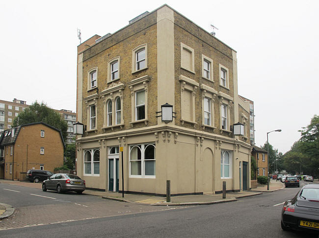 Haberdashers Arms in 2014